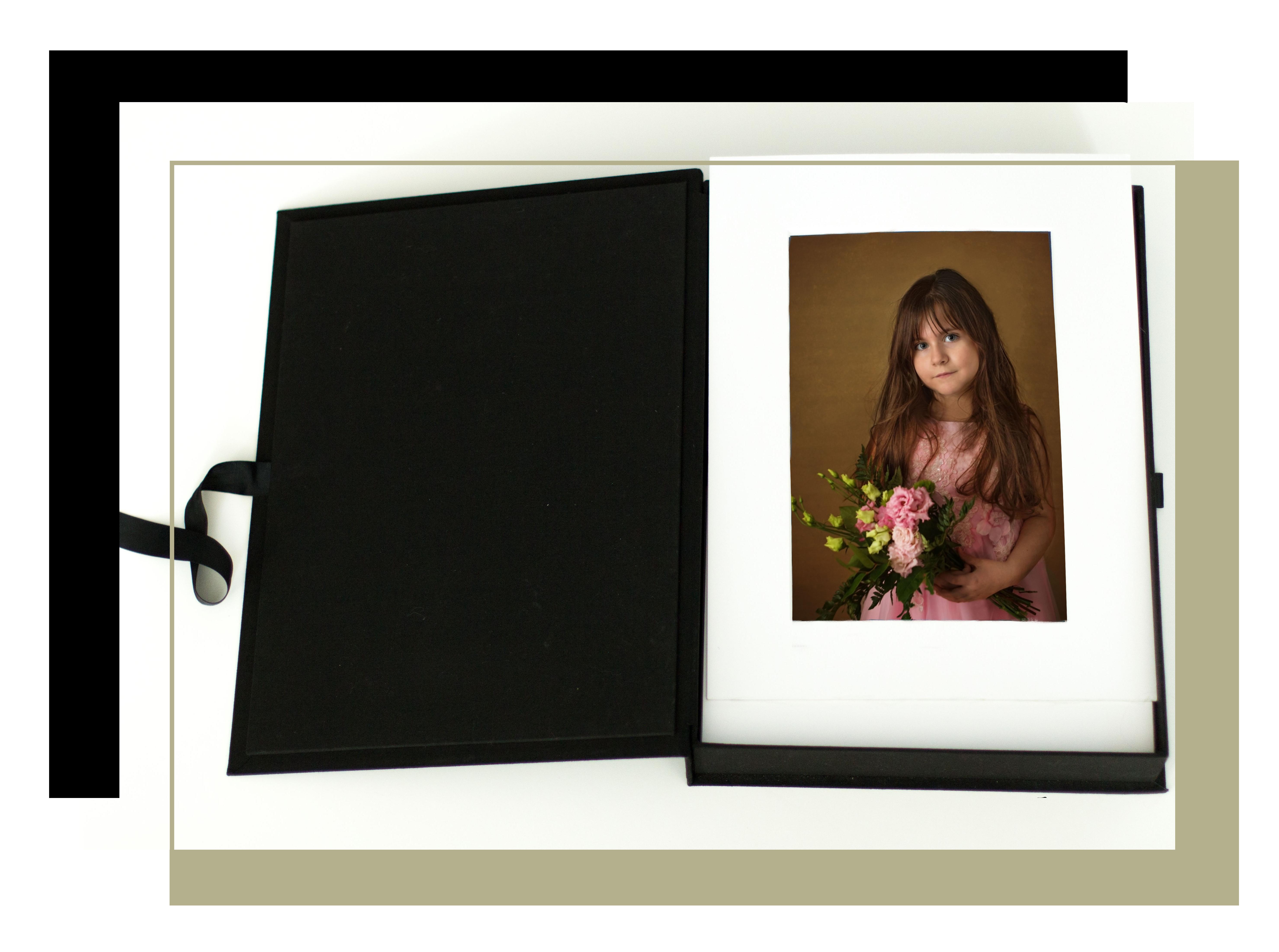 photographe à Châteaudun : les coffrets photos du studio Aurélie Coquan, coffret héritage d'une enfant